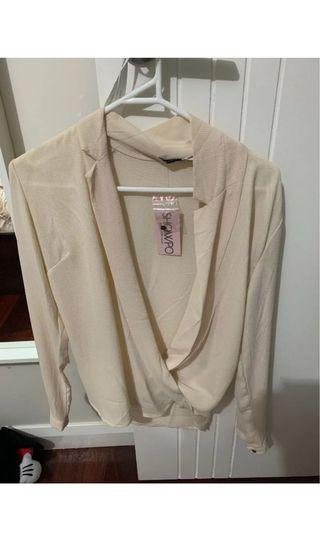 BNWT Showpo blouse