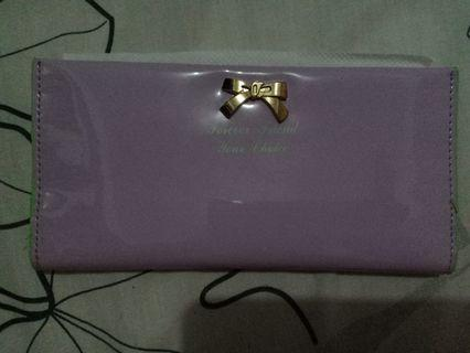 Dompet ungu forever young