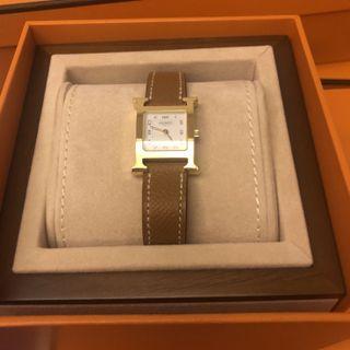 BNIB Hermes gold watch PM size