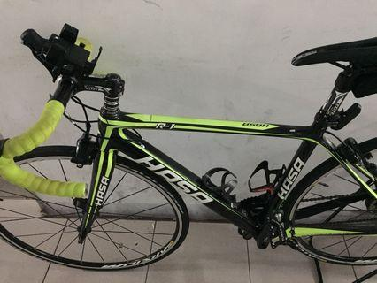 Hasa RB full carbon grpset shimano 105 wheelset mavic speed 11x2 Loud Hub. Handle bar, steam carbon. seat post carbon suitable height 160cm to 170cm