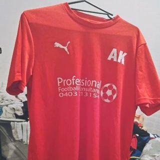 Puma Soccer shirt L