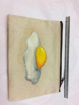 🚚 手繪荷包蛋拉鍊小包(約13*9cm)