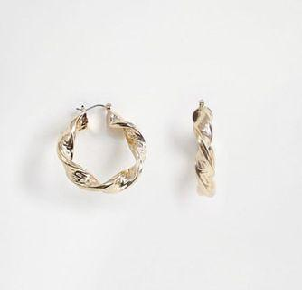🚚 ASOS chunky hoop earrings