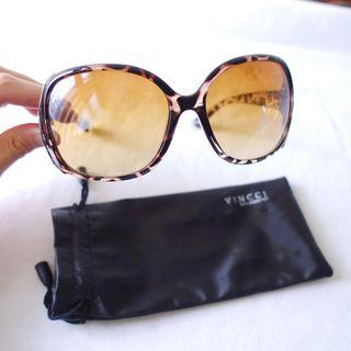 VINCCI咖啡玳瑁色透明豹紋框防曬太陽眼鏡