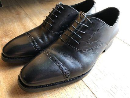 🚚 Earnest & Collective Formal Shoes