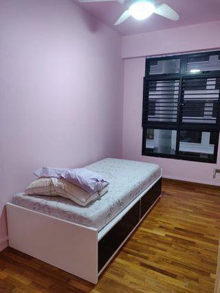 Common room for rent at Bukit Panjang