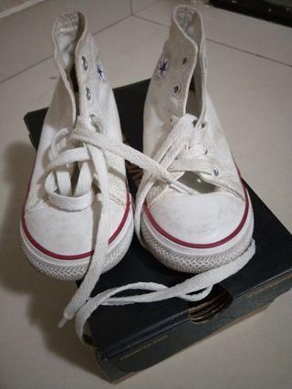 CONVERSE SHOES (preloved authentic) #MGAG101