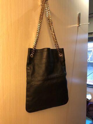 Givenchy 銀鏈皮袋
