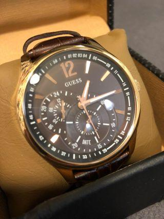🈹Guess leather watch