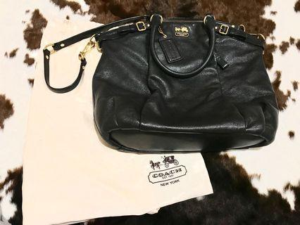 Coach hobo bag with strap