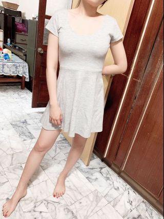 🚚 灰色 棉質洋裝