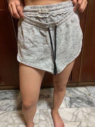 🚚 A&F 褲子