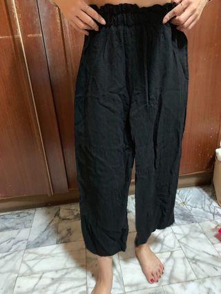 🚚 黑色 花苞 寬褲
