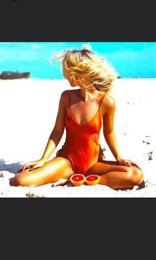 🚚 Swimsuit Orange Color