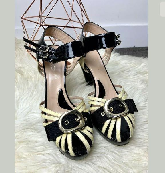 Alessandro Dell Acqua sz 40/US9 yellow black shoes heels peep toe casual party
