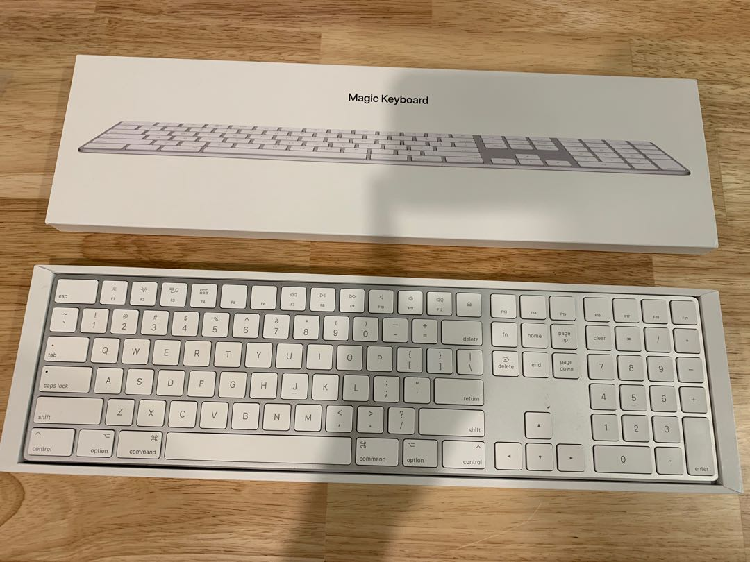 14dc41545f6 Apple Magic Keyboard with Numeric Keypad- white/silver less than 3 ...