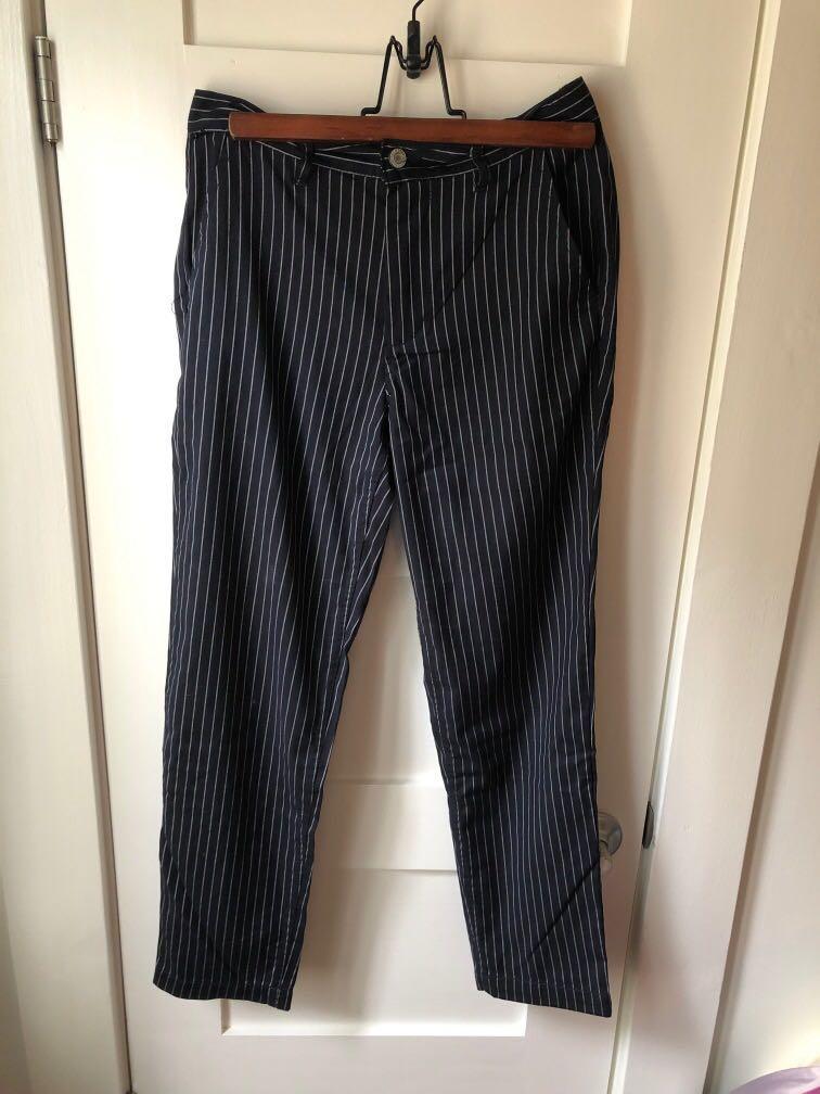 Brandy Melville navy blue white striped ankle raise pnts