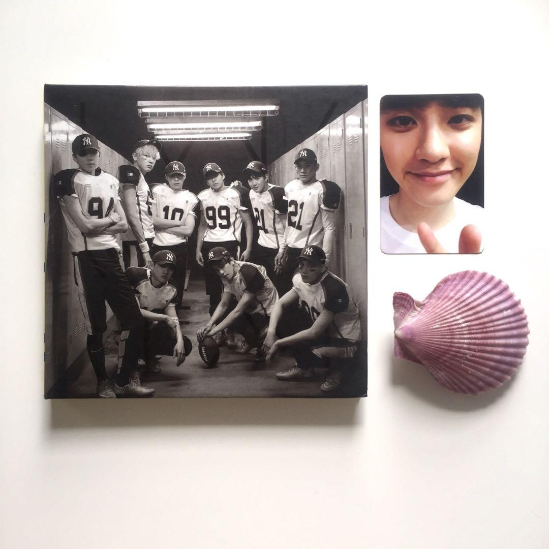 EXO Love Me Right Album with Official D.O. Kyungsoo Photocard
