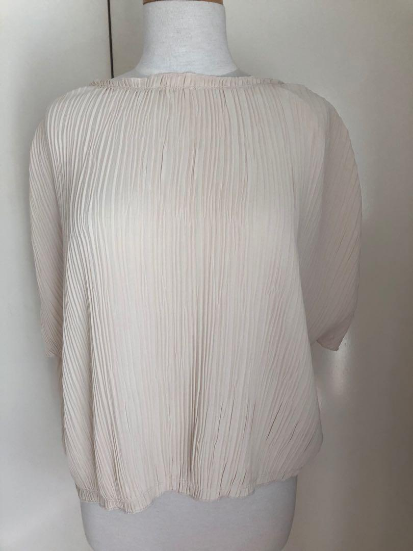 Gorgeous pleated top by ZARA size M or 10 or 12 ladies