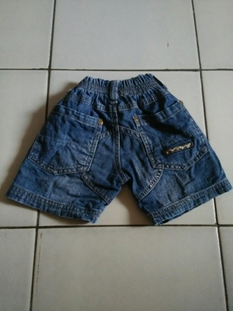 Jeans pendek popaye