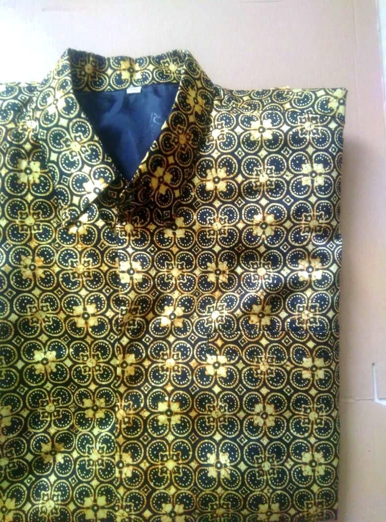Kemeja Batik lengan panjang bahan semi sutra