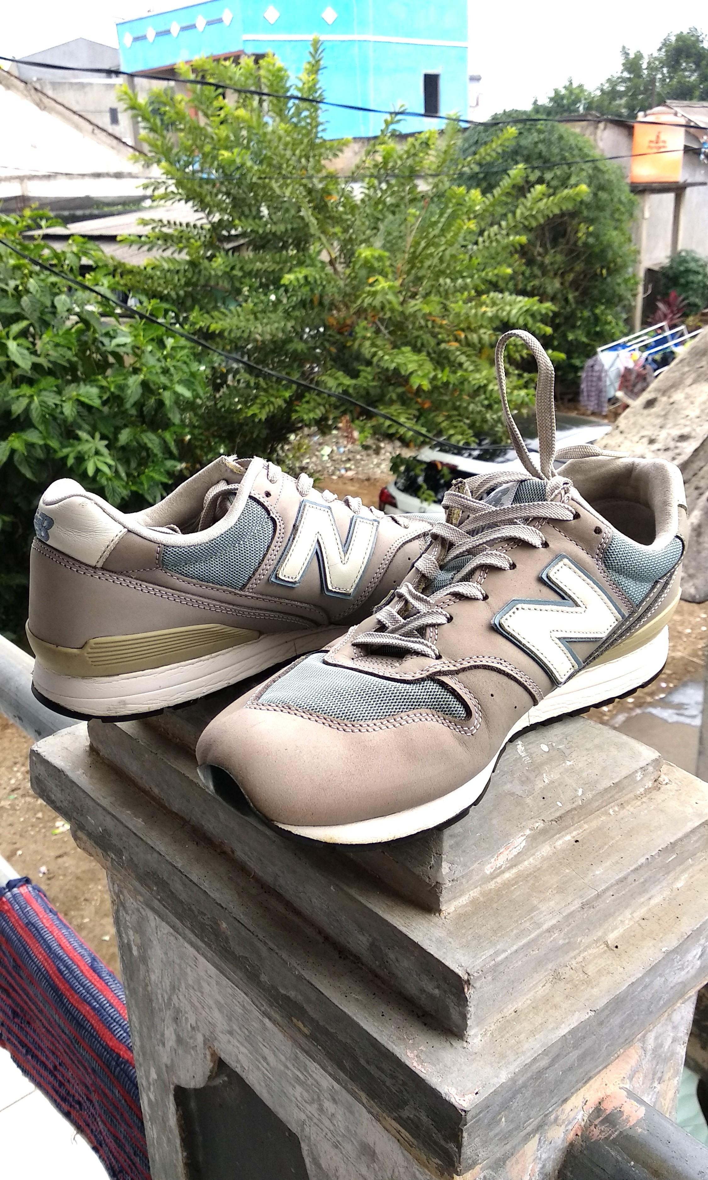 NB 996 With Box