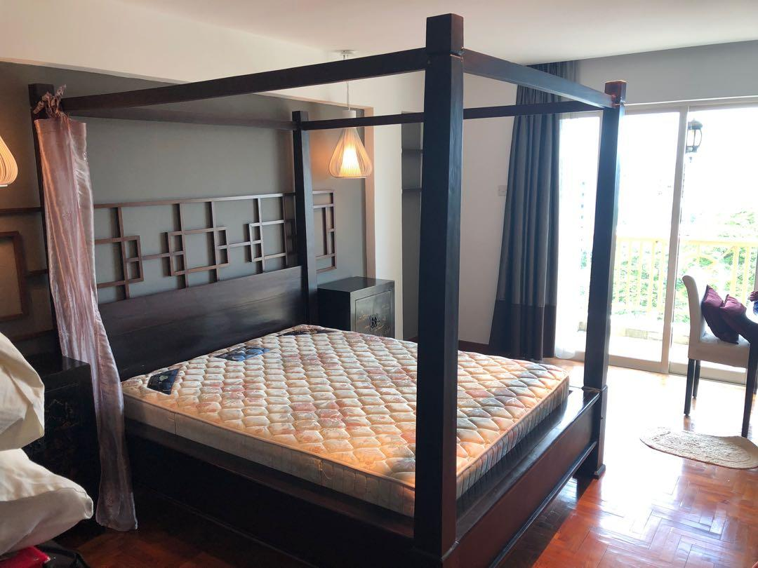 Poster bed with high quality teak wood with free mattress