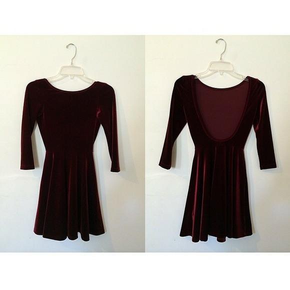 Red velvet backless dress