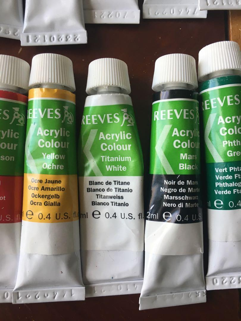 Reeves Acrylic Paint Set (Used - 24 Colours)