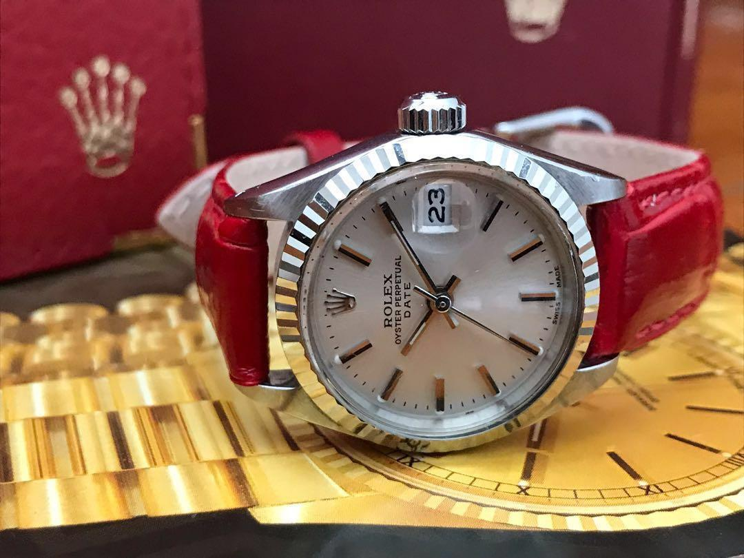 Crazy Sales till 30 July Rolex Lady Oyster Perpetual Date 6917, 26mm Stainless Steel, Fluted 18K White Gold Bezel, Original Champagne Dial in Stunning Conditions, No Box, no Papers