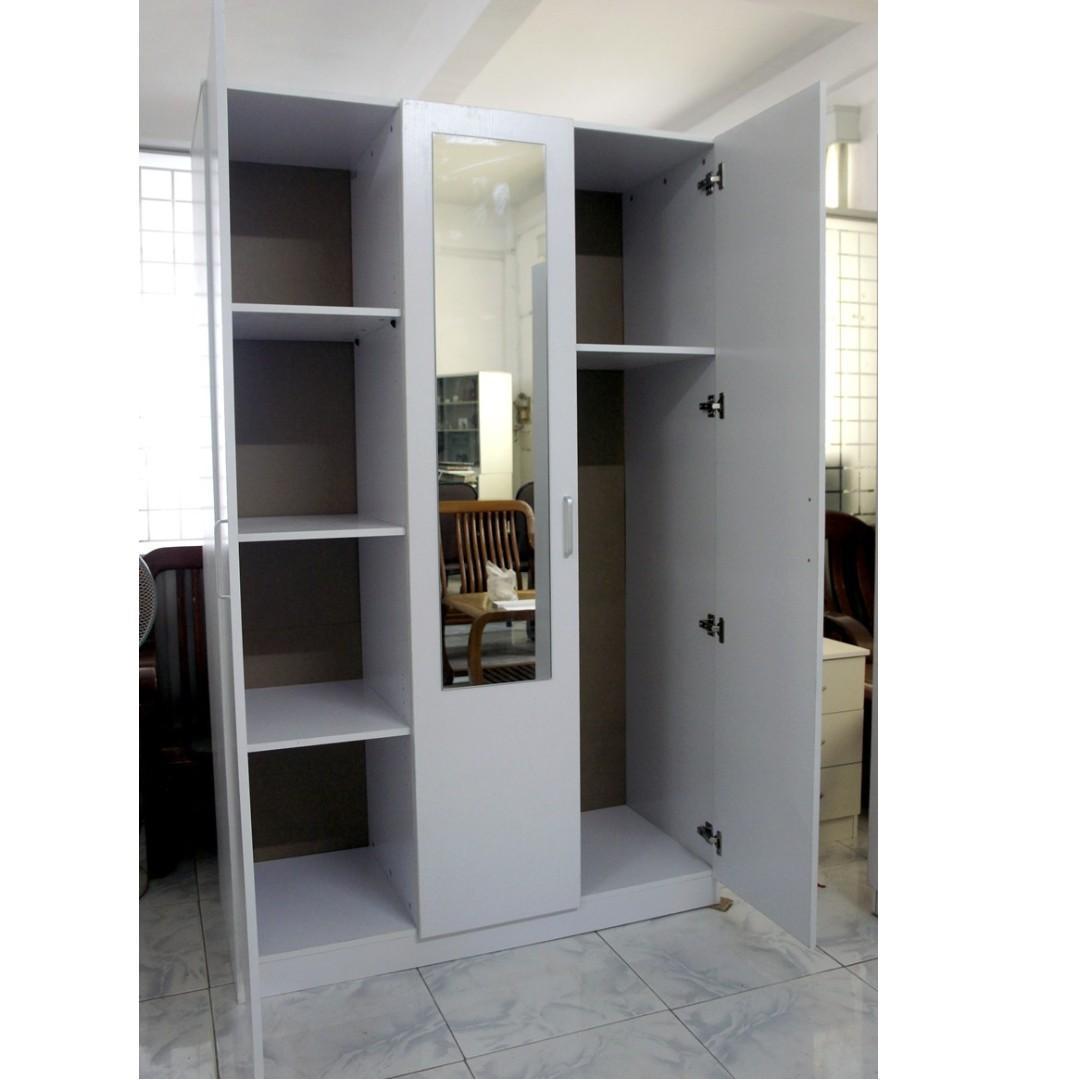 Selling brand new 3 Door combo wardrobe ( White/ Black)  at $250