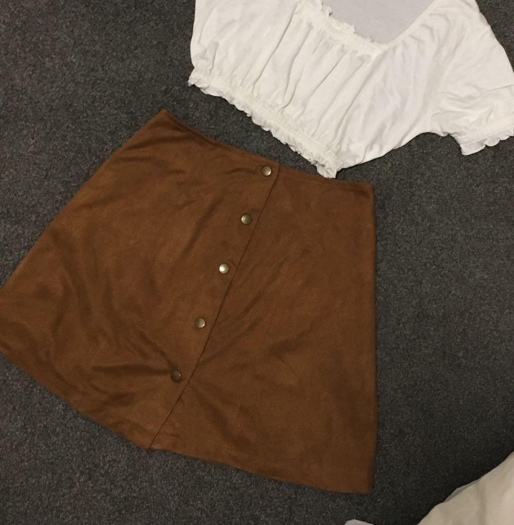 Suede brown mini skirt
