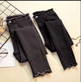 🚚 超級熱賣款)時尚百搭顯瘦牛仔長褲)黑色、深灰兩色