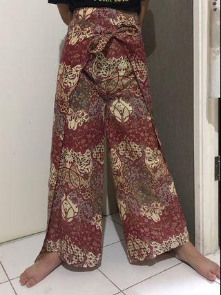Celana Batik Model Ikat