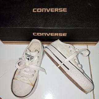 Sneakers converse anak putih - size 27