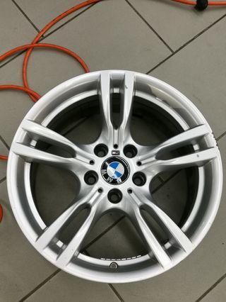 400m wheels