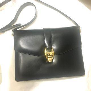 Authentic Celine Vintage Shoulder Bag Carriage 中古 馬車款單肩包  NOT Gucci Dior