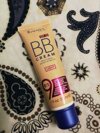 [free postage] Rimmel BB Cream in Light