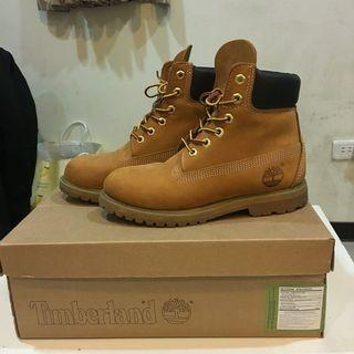 二手極新 Timberland 經典黃靴