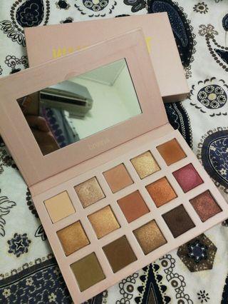 [free postage] Breena Beauty Wanderlust Eyeshadow Palette