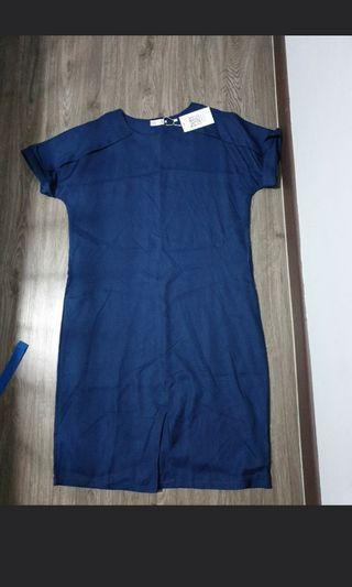 Playdress front slit dress