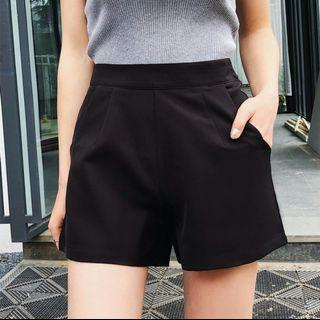 Korean Stylish Black High Waist Shorts Pants With Functional Pockets