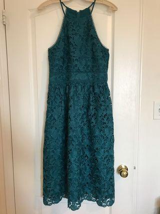 Gorgeous Emerald Green Lace Dress