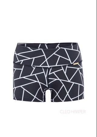 Cleo Harper Easton Black Geo Shorts. Size L.