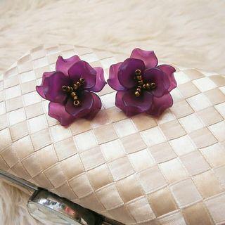 Tiny Rosita Earrings (Plum)