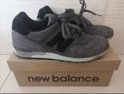 New Balance Mens Leather