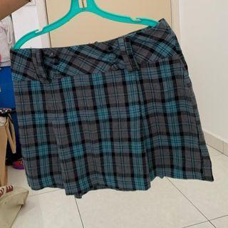 Checked Short Skirt