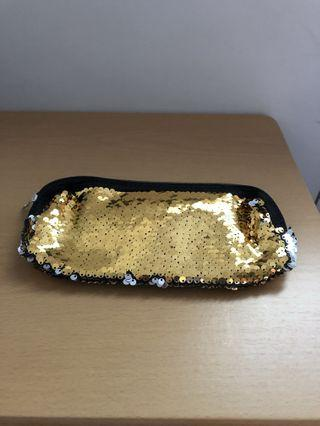 🚚 Ladies Sequins Cosmetic Pouch