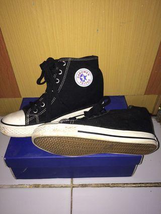 Sepatu black❌