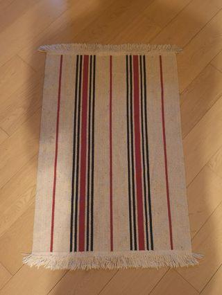 Carpet 82x56 cm